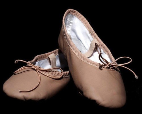 5 Considerations Before You Buy Ballet Shoes For Little Feet